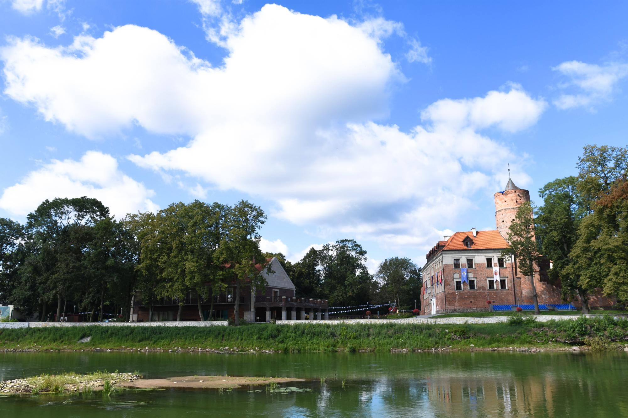 pakiety oferty specjalne zamek uniejów
